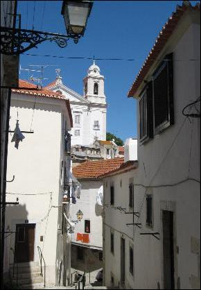 Alfama alley