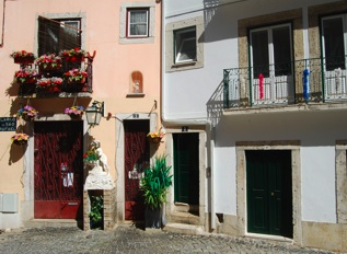 Top 10 Lisbon Experiences - #6 - Get Lost in Alfama