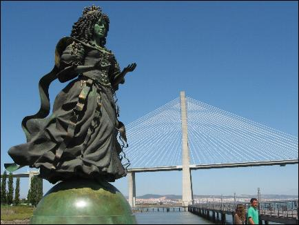 Statue of Catherine of Braganza in Lisbon