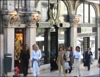 Chiado shops