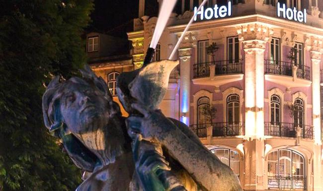 As In Any Major City There Is A Variety Of Accommodation To Choose From Lisbon Basic Hostels Or Guesthouses Mid Range Hotels Sumptuous