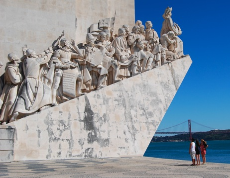 lisbon tourism hotels guide2 - Living In Lisbon Like The Locals