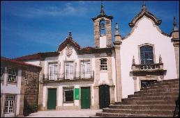 Ponte da Barca houses