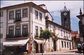 Ponte de Lima street leading to the Parish Church