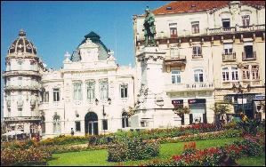 Portagem Square