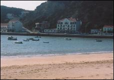 Sao Martinho do Porto Beach