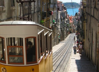 Top 10 Lisbon Experiences - #5 - Enjoy the Ride