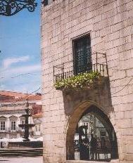 MINHO - A typically elegant Minho street in Viana do Castelo
