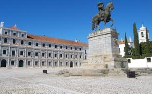 Vila             Vi�osa Palace